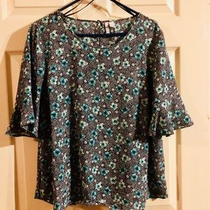 Juniors Bell Sleeves Top (BRAND NEW!)